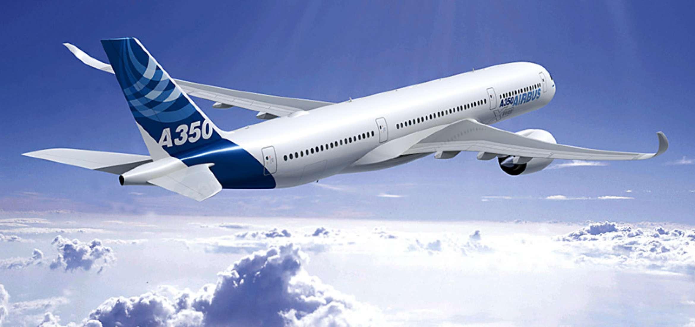 aereo di linea che vola grazie alla stampa 3D