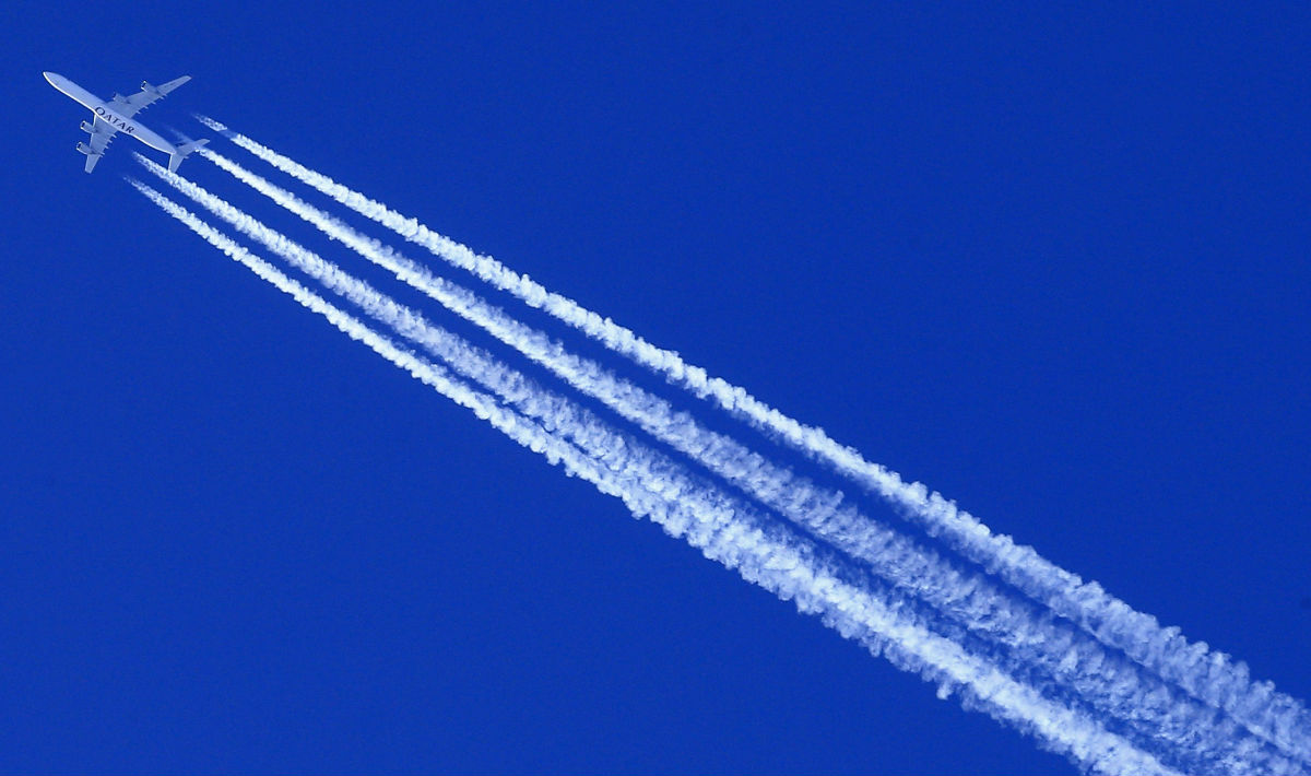 scia bianca degli aerei